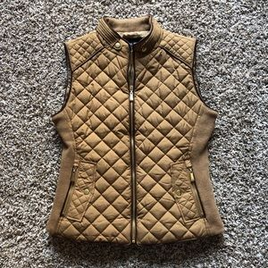 Tan Active USA quilted vest